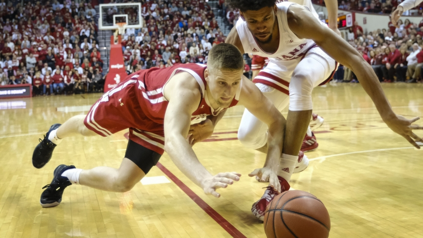 College Basketball Picks Wisconsin