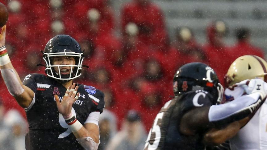 College Football Picks Cincinnati Desmond Ridder