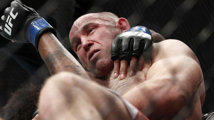 UFC 249 Picks Aleksei Oleinik