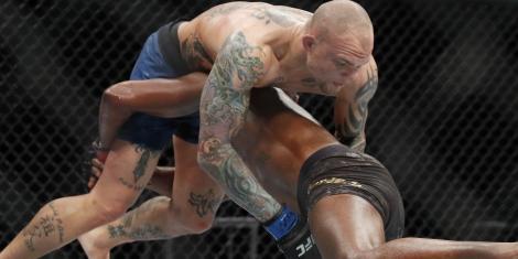 UFC picks Anthony Smith