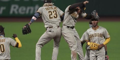 MLB Picks Pirates July 31