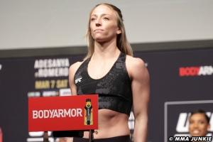 Polyana Viana vs Emily Whitmire Pick