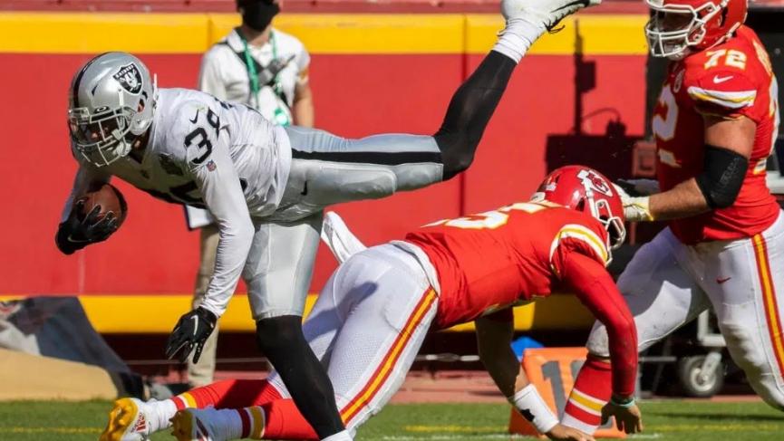 Kansas City Chiefs vs Las Vegas Raiders Pick - NFL Week 11